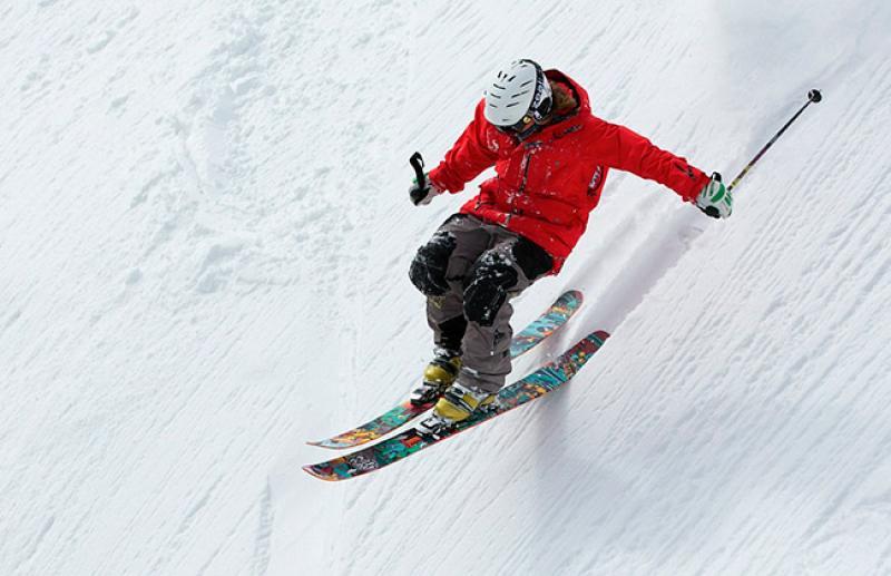 ¿Los accidentes causados por la realización de deportes se incluyen dentro de los seguros de accidentes?