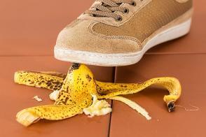 ¿Qué riesgos están excluidos en el seguro de accidentes?